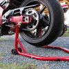 メンテナンススタンドでバイクの整備をもっと楽に!もっと便利に!のサムネイル画像