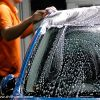 愛車を綺麗に維持したい。シャンプーを使っての洗車の手順とコツ。のサムネイル画像