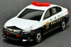警察仕様のミニカーも大人気!トミカのパトカーを集めました!の画像