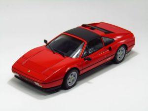 真紅の跳ね馬を精密再現!フェラーリのプラモデルラインナップの画像