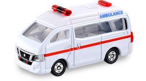 クリスマスシーズン到来!こども心をとらえるトミカの救急車たちの画像