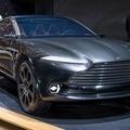 【アストンマーティン DBX公開!】初の電気自動車が登場!のサムネイル画像